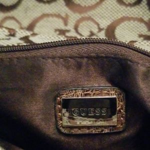 Guess Bags - NWOT Guess Mini Purse